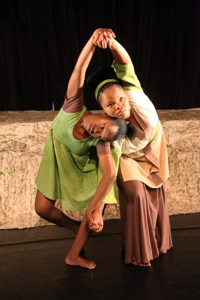 Something beautiful this way comes: Nomathamsanqa Mhlakaza and Boitumelo Magolekgo in OCA, choreographed by Oupa Sibeko. Photograph by Ruphin Coudyzer.